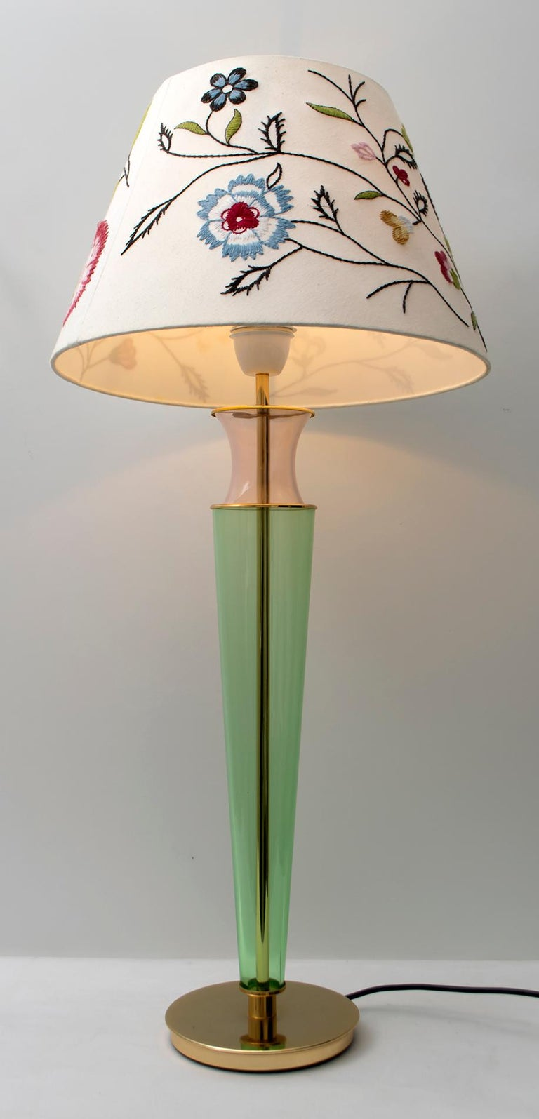 Mid-Century Modern Modern Italian Murano Brass and Blown Glass Table Lamp, 1980s For Sale