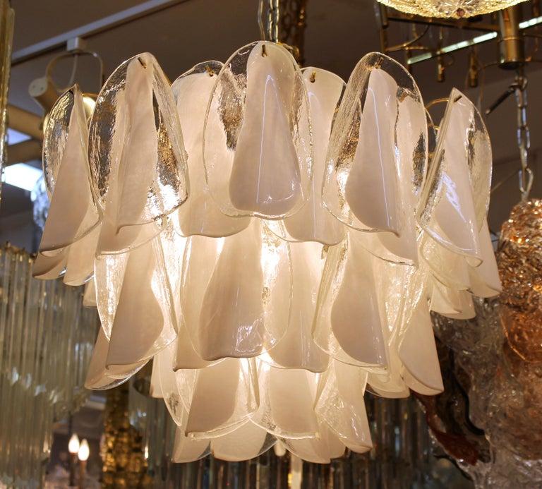 Late 20th Century Modern Italian Murano Glass Chandelier For Sale