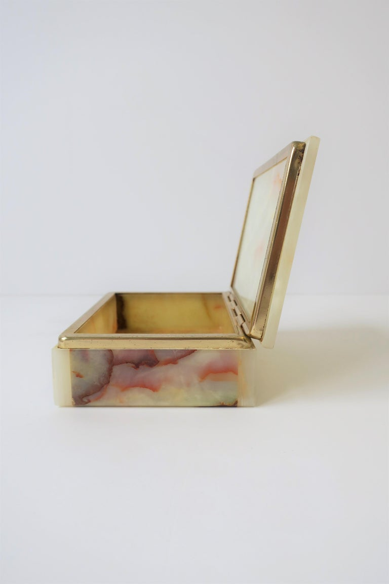 Modern Italian Onyx Marble Jewelry Box For Sale 8