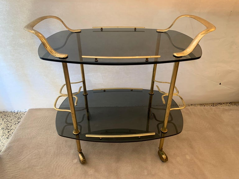 Modern Italian Vintage Brass and Glass Bar Cart For Sale 7