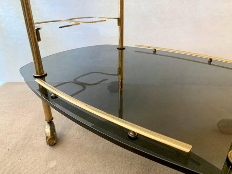 Mid-20th Century Modern Italian Vintage Brass and Glass Bar Cart For Sale
