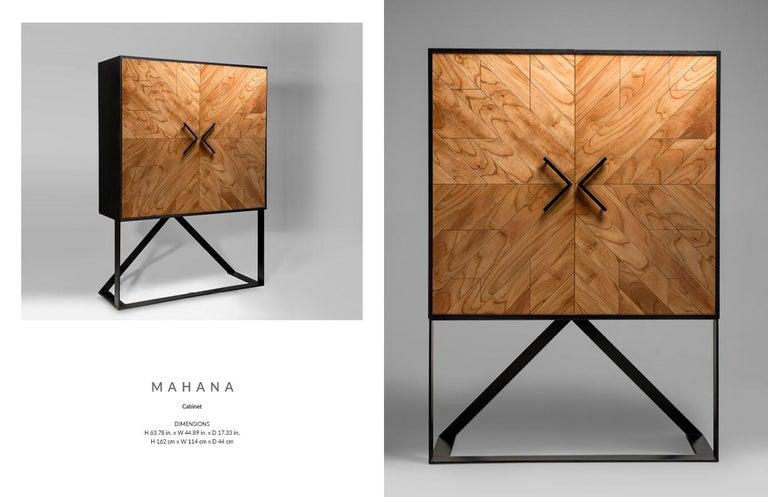 Modern 2 Doors High Sideboard in Cinnamon In New Condition For Sale In Porto Alegre, Rio Grande do Sul