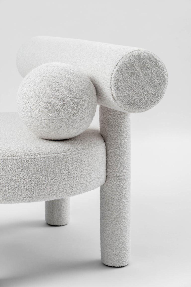 Modern Low Chair Gropius CS1 in Boucle Fabric by NOOM In New Condition For Sale In Kyiv, UA
