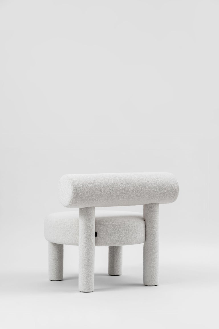 Modern Low Chair Gropius CS1 in Boucle Fabric by NOOM For Sale 2