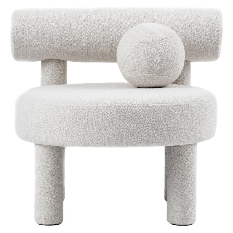 Modern Low Chair Gropius CS1 in Boucle Fabric by NOOM For Sale