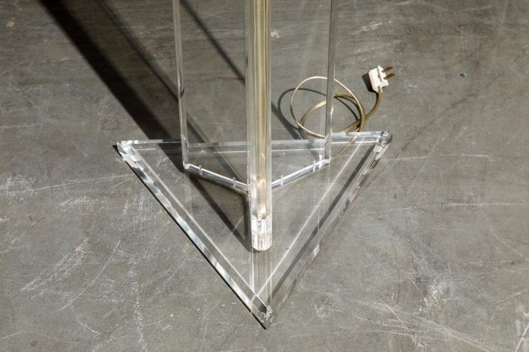 Modern Lucite Floor Lamp by Marlee, circa 1970s, Signed For Sale 12