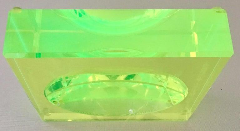Modern Lucite Optic Square & Round Green Bowl By, Alexendra Von Furstenberg For Sale 2