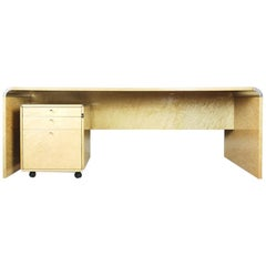 Modern Luxury Italian Desk in Bird's-Eye Maple by Giovanni Offredi for Saporiti