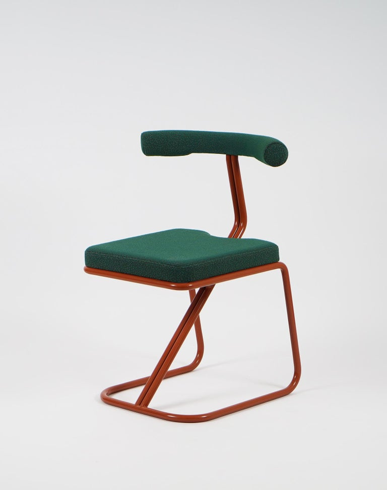 This is a new chair by Supaform, which was designed as a chair for usual needs and it can be used as a dining chair or other similar functions. The