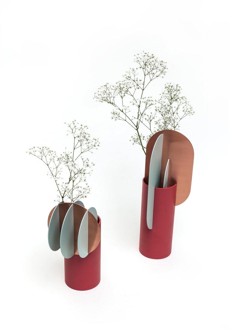 Modern Metal Vase Ekster CS1 by Noom in Copper and Steel For Sale 1