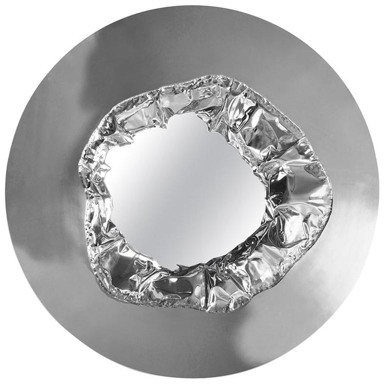 Modern Meteor Wall Mirror in Polished Hammered Aluminum, Wall Art Decoration For Sale