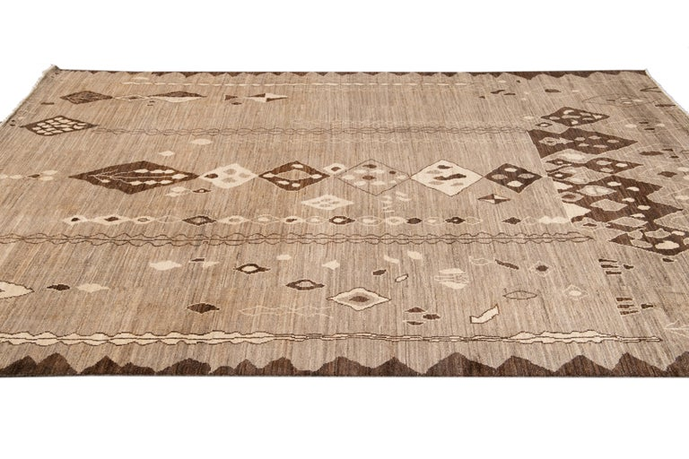 Modern Moroccan-Style Tribal Wool Rug For Sale 5