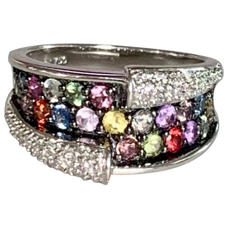 Modern Multicolored Sapphire and Brilliant Cut Diamond 18 Karat Yellow Gold Ring