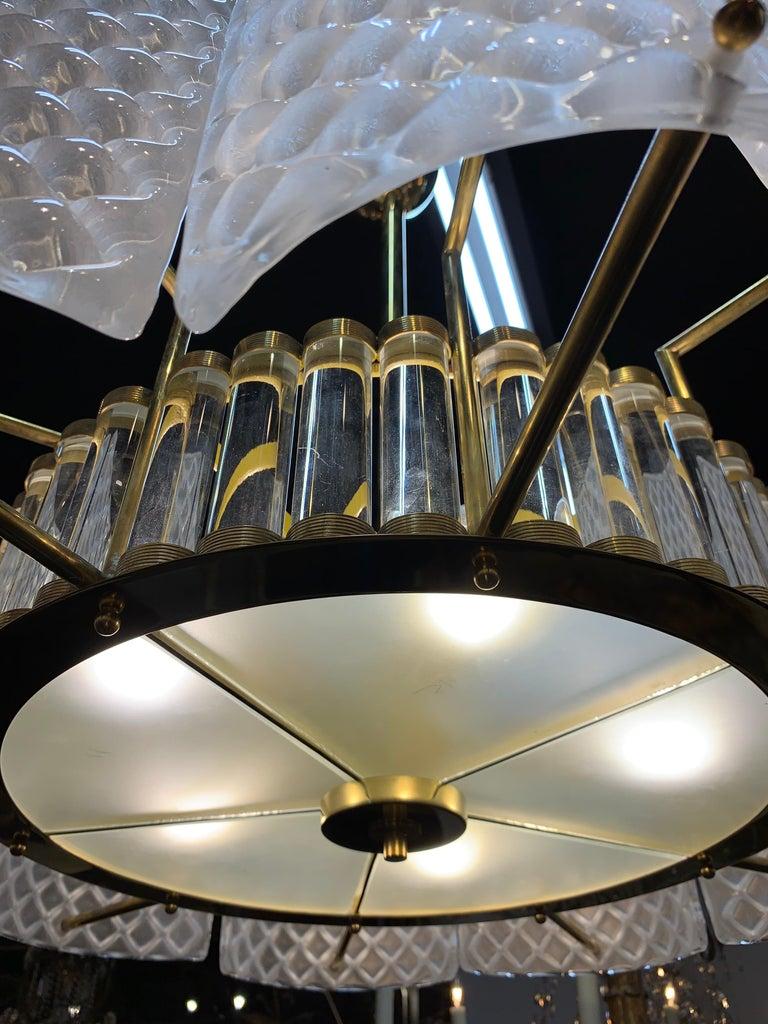 Modern Murano Glass Chandelier In Good Condition For Sale In Dallas, TX