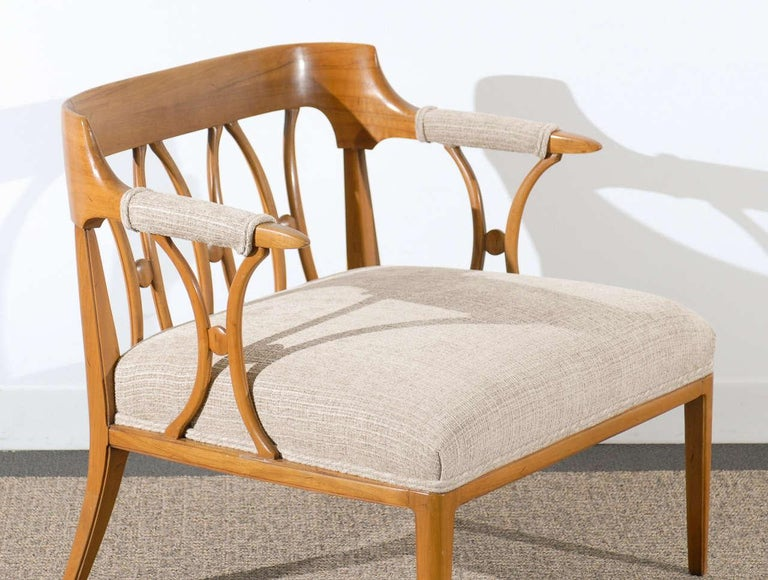 These chairs are shipped as professionally photographed and described: completely installation ready. A magnificent restored pair of loungers from a difficult to find seating series designed by John Lubberts and Lambert Mulder for the Tomlinson