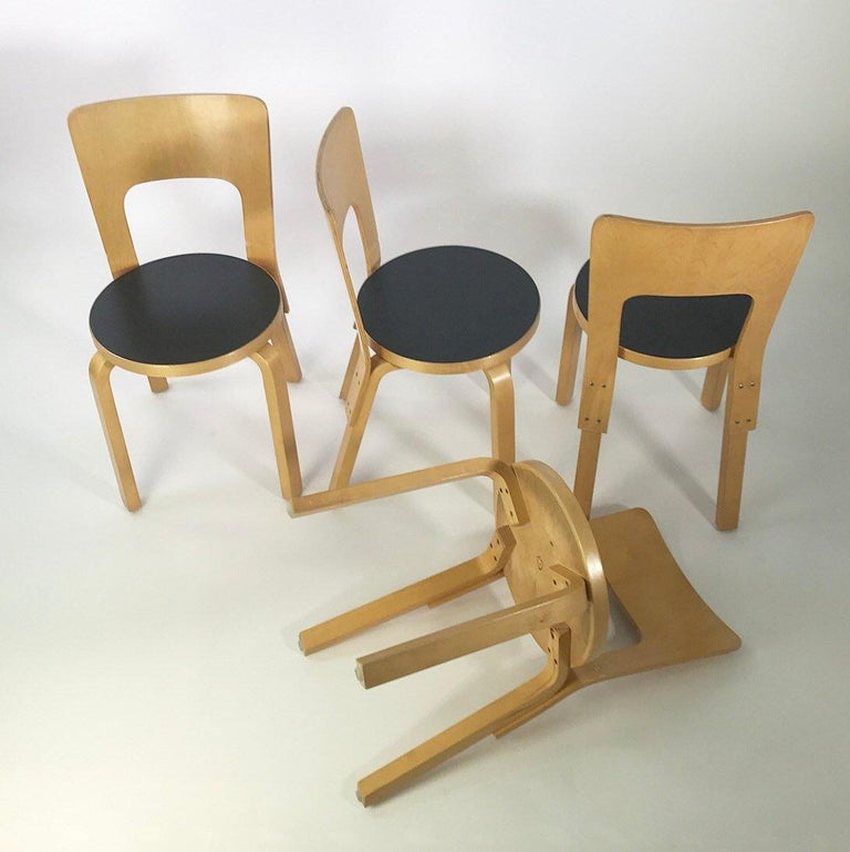 Finnish Modern Nordic Design Alvar Aalto Iconic Dining Chair by Artek Finland Co., 1980s For Sale