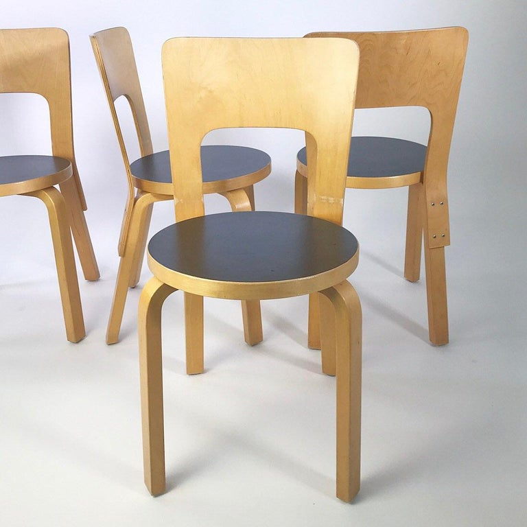 Modern Nordic Design Alvar Aalto Iconic Dining Chair by Artek Finland Co., 1980s For Sale 1