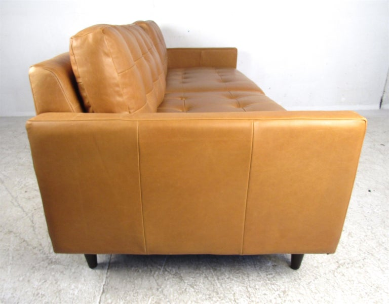 Modern Orange Tufted Leather Sofa In Good Condition For Sale In Brooklyn, NY