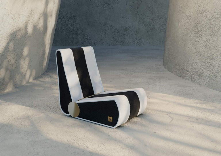 Modern Outdoor Folding Loung Chair Black & White with Gold Details In New Condition For Sale In Porto, PT