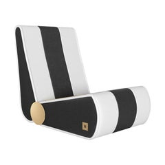 Modern Outdoor Folding Loung Chair Black & White with Gold Details