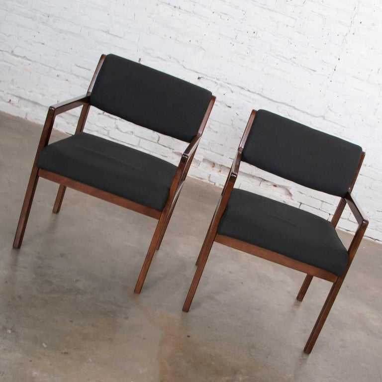 American Modern Pair of Black and Walnut Tone Wood Accent or Dining Armchairs by Haworth For Sale