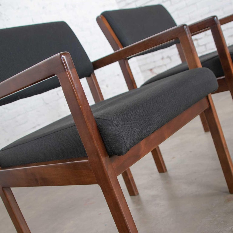Modern Pair of Black and Walnut Tone Wood Accent or Dining Armchairs by Haworth For Sale 2