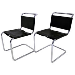 Modern Pair of 1970s Knoll International Black Leather and Chrome Spoleto Chairs