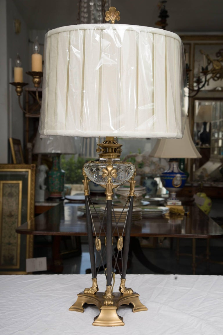 Modern Pair of Stylized Empire Table Lamps For Sale 3