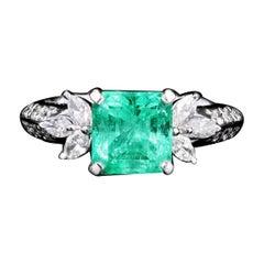 Modern Platinum 1.71 Carat Natural Emerald & Diamond Ring