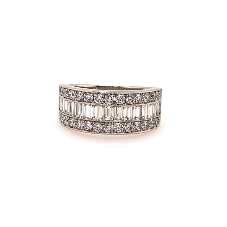 Modern Platinum Band 3 Carat Natural Baguette & Round F VS Diamond Cocktail Ring In New Condition For Sale In Los Angeles, CA