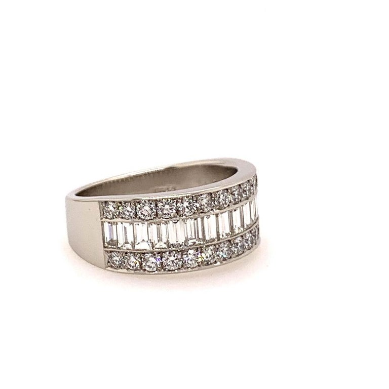 Women's Modern Platinum Band 3 Carat Natural Baguette & Round F VS Diamond Cocktail Ring For Sale
