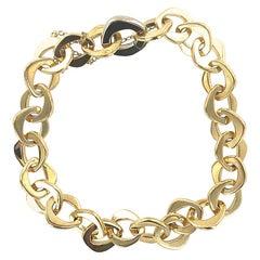 Modern Pomellato 18 Karat Yellow Gold Oval Link Bracelet