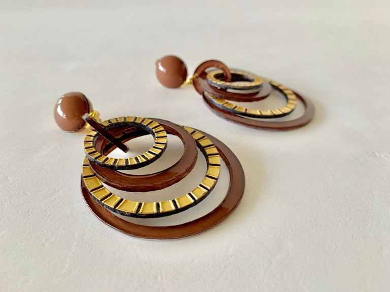 Modern Architectural Brown Hoop Statement Earrings For Sale 6