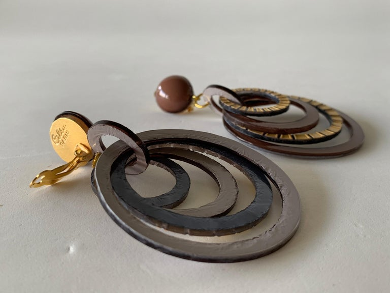 Modern Architectural Brown Hoop Statement Earrings For Sale 7