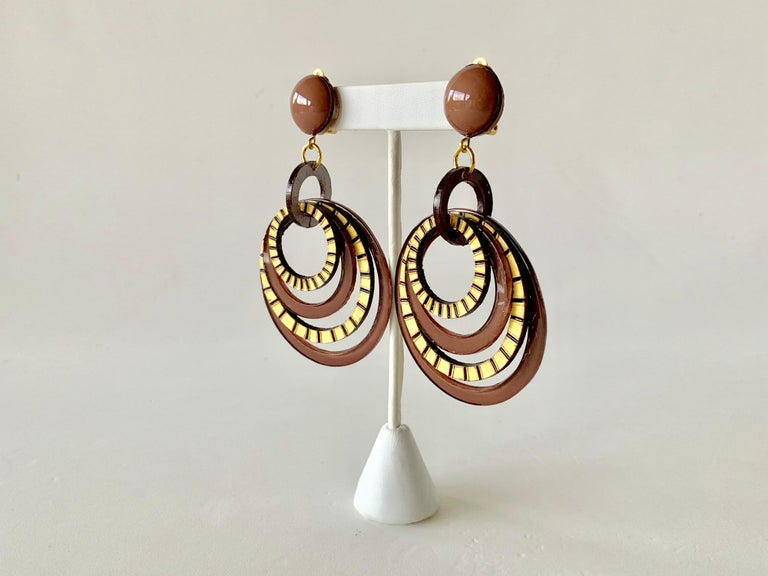 Modern Architectural Brown Hoop Statement Earrings For Sale 2