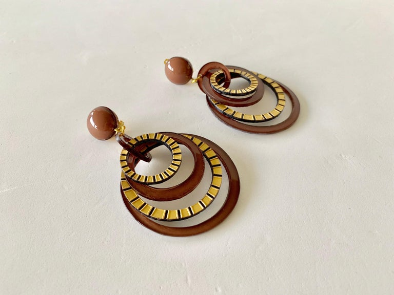 Modern Architectural Brown Hoop Statement Earrings For Sale 4