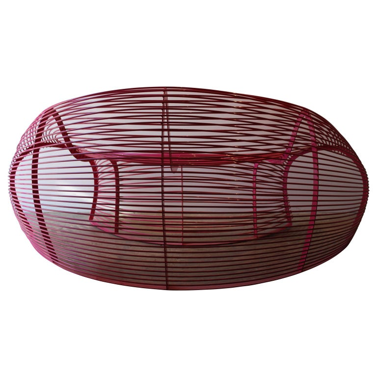 Contemporary Modern Powder Coat Hot Pink Indoor Outdoor Curved Wire Sofa Paralounger For Sale