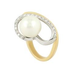 Modern Precious Pearl Diamond Fabulous Yellow Gold Ring
