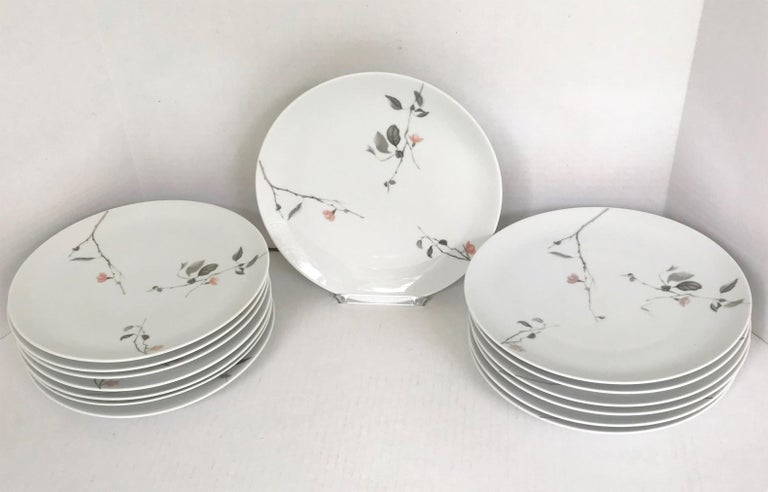 Modern Rosenthal Quince Pattern Raymond Loewy 14 Dinner Plates, Germany, 1956 For Sale 5