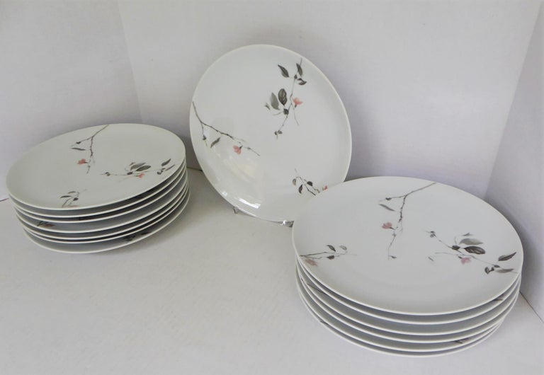 Mid-Century Modern Modern Rosenthal Quince Pattern Raymond Loewy 14 Dinner Plates, Germany, 1956 For Sale