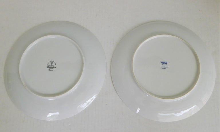 Modern Rosenthal Quince Pattern Raymond Loewy 14 Dinner Plates, Germany, 1956 In Good Condition For Sale In Miami, FL