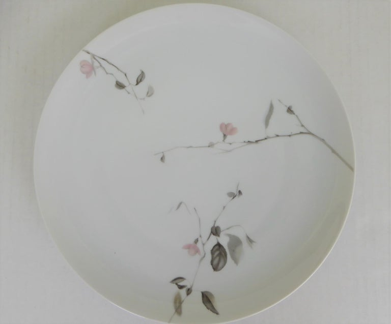 Modern Rosenthal Quince Pattern Raymond Loewy 14 Dinner Plates, Germany, 1956 For Sale 2