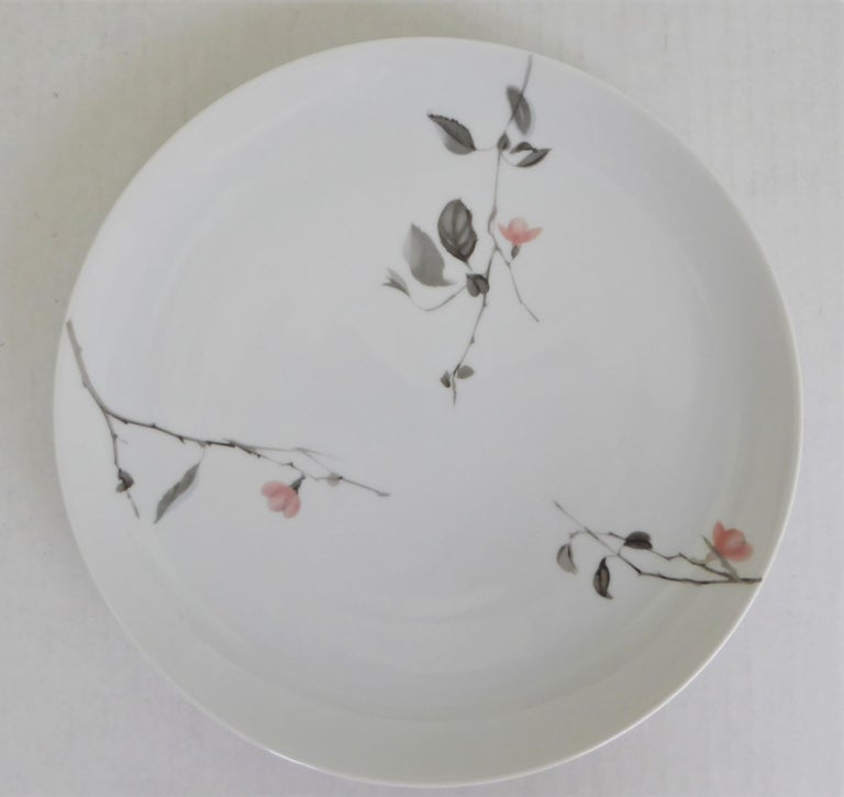 Modern Rosenthal Quince Pattern Raymond Loewy 14 Dinner Plates, Germany, 1956 For Sale 3