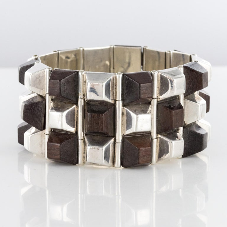 Modern Rosewood Silver Designer Cuff Bracelet In Good Condition For Sale In Poitiers, FR