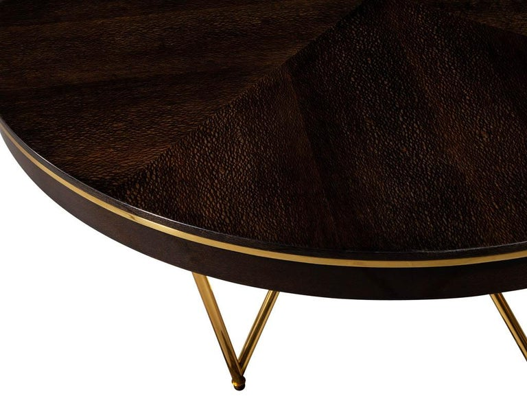 Modern Round Dining Table with Brass Base For Sale 2