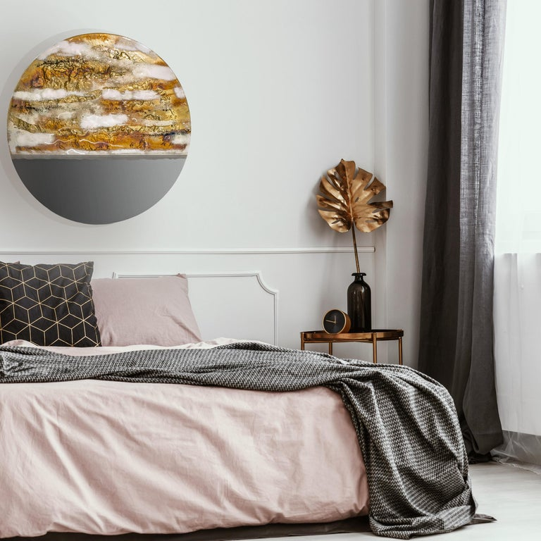 Modern Round Mirror Sunrise with Murano Kind Glass in Gold, Brown Metal Oxides In New Condition For Sale In Sopot, Pomorskie