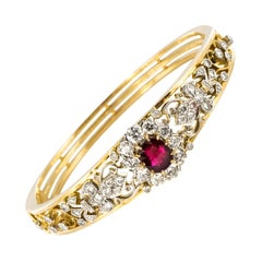 Modern Ruby Diamonds 18 Karat Yellow Gold Bangle Bracelet