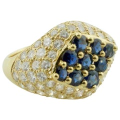 Modern Sapphire and Diamond Ring in 18 Karat