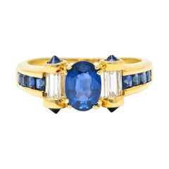 Modern Sapphire Diamond 18 Karat Gold Gemstone Ring