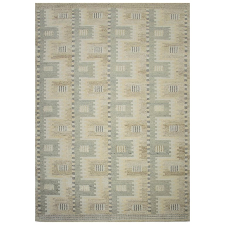 Modern Scandinavian Rug with Ivory and Gray Geometric Patterns For Sale
